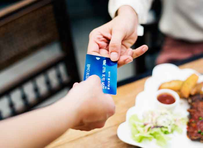 Quẹt thẻ tín dụng TPHCM