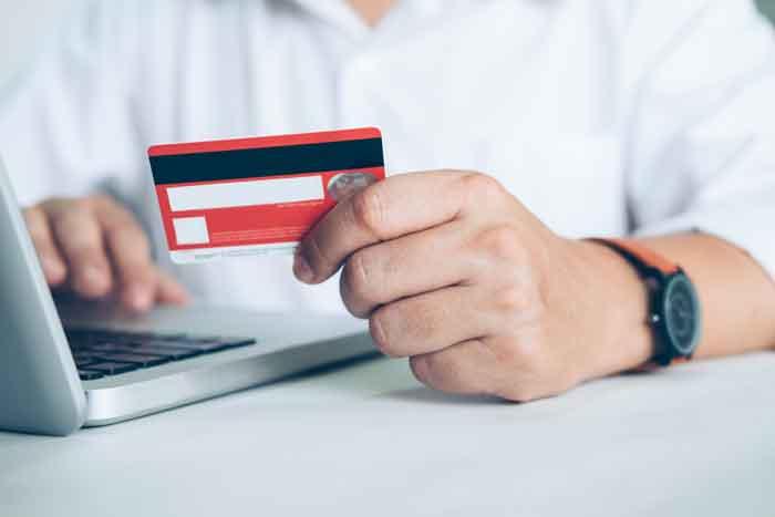 Rút tiền thẻ tín dụng TPHCM