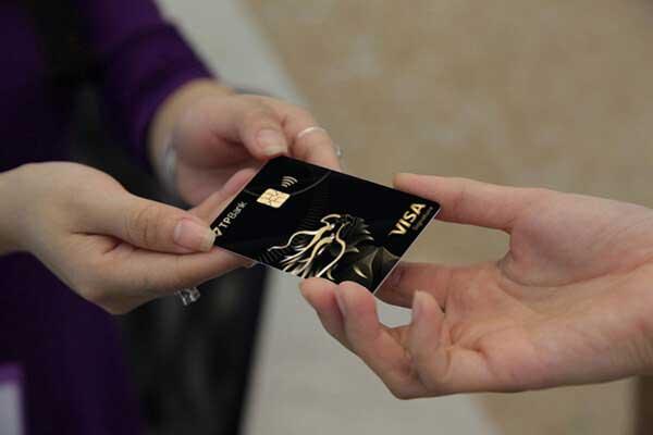 Quẹt thẻ tín dụng quận 1
