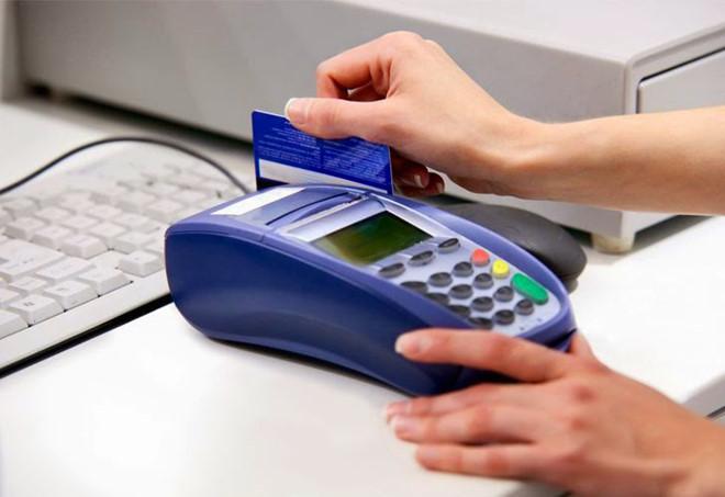 cà thẻ tín dụng quận 3