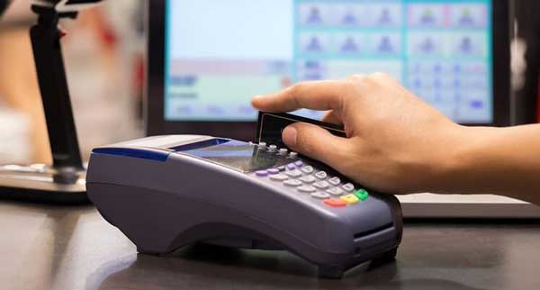 rút tiền thẻ tín dụng quận 1