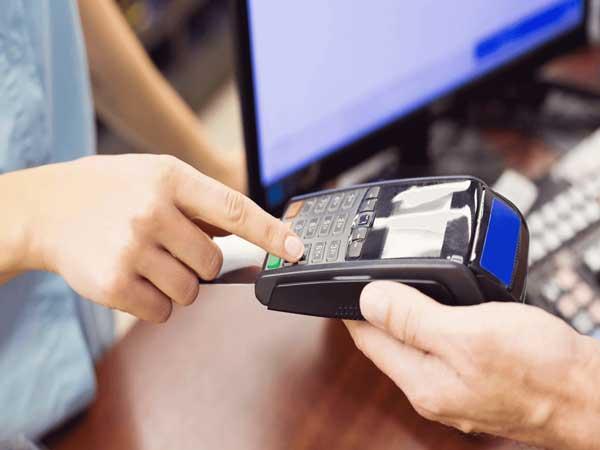 rút tiền thẻ tín dụng huyện bình chánh