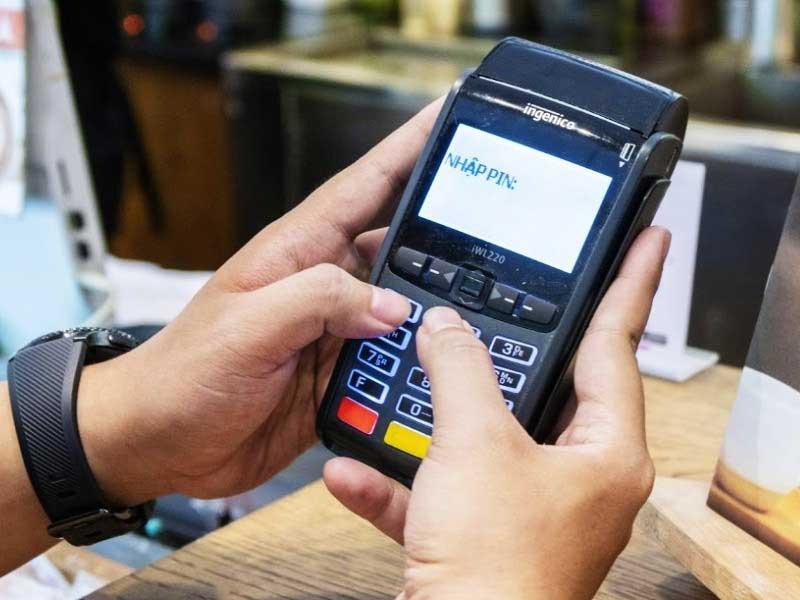 rút tiền thẻ tín dụng ocb